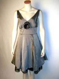 Petticoat Kleid von Rinascimento junge italienische Mode