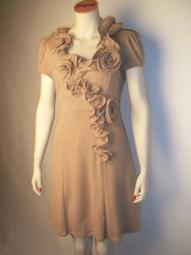 Designer Kleid von Rinascimento Farbe camel
